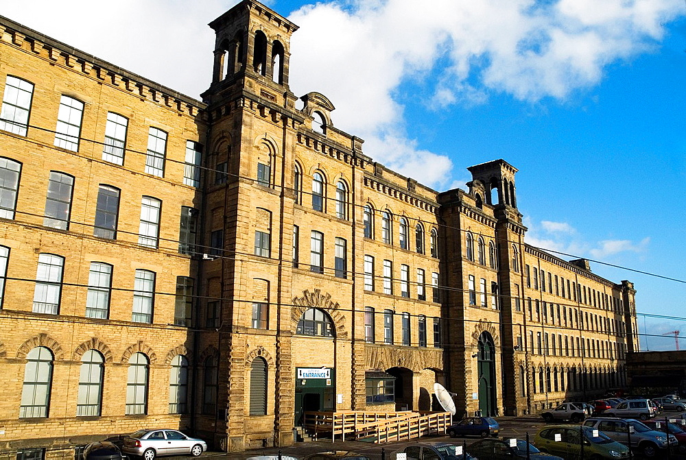 Salt Mill SALTAIRE WEST YORKSHIRE Titus Salts Old mill buildings