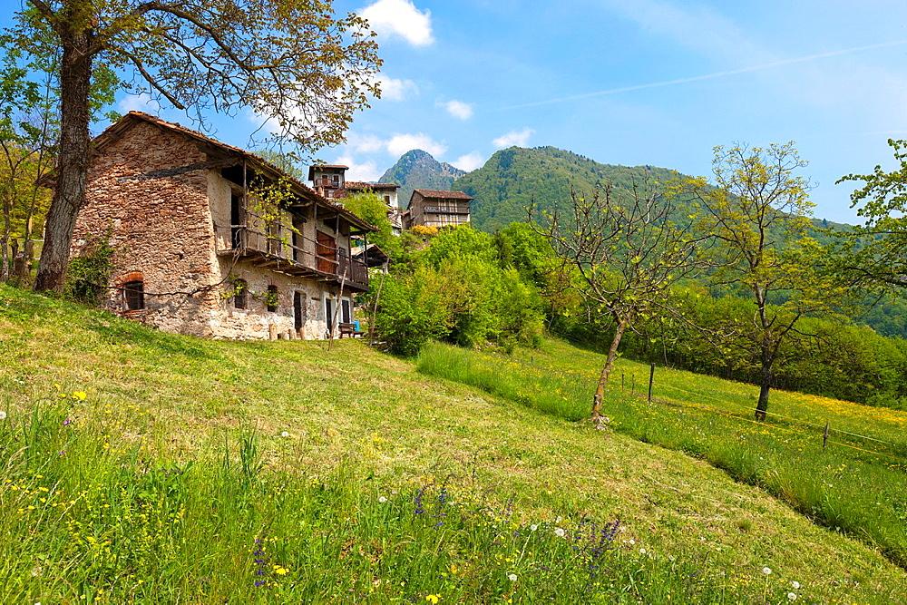 Village Montagne in The Belluno Dolomites National Park Parco Nazionale delle Dolomiti, near Feltre, Vento province, Italy, Europe