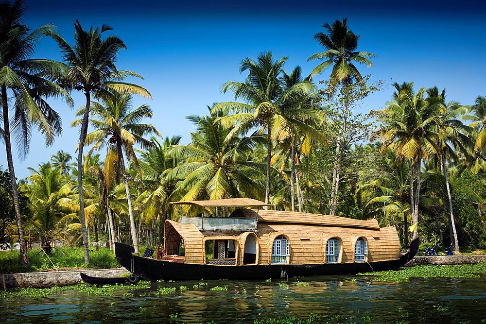 Floating Boat House in the Kerala Backwaters Alappuzha, Kerala, Republic of India, India, Asia