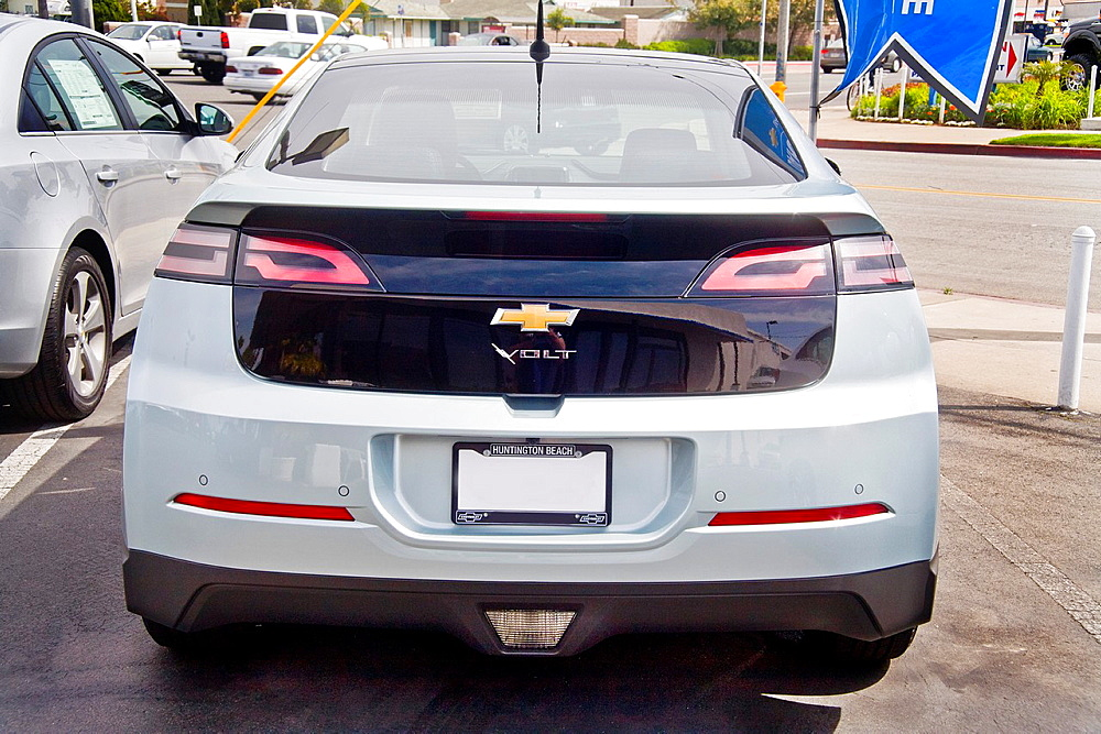 The name of a new Chevrolet Volt hybrid gas/electric car has a bolt of lightning through it as well as the usual Chevrolet logo The Volt can travel 25 to 50 miles on a lithium-ion battery with a total range of 379 miles Overall fuel economy is 60 miles. T