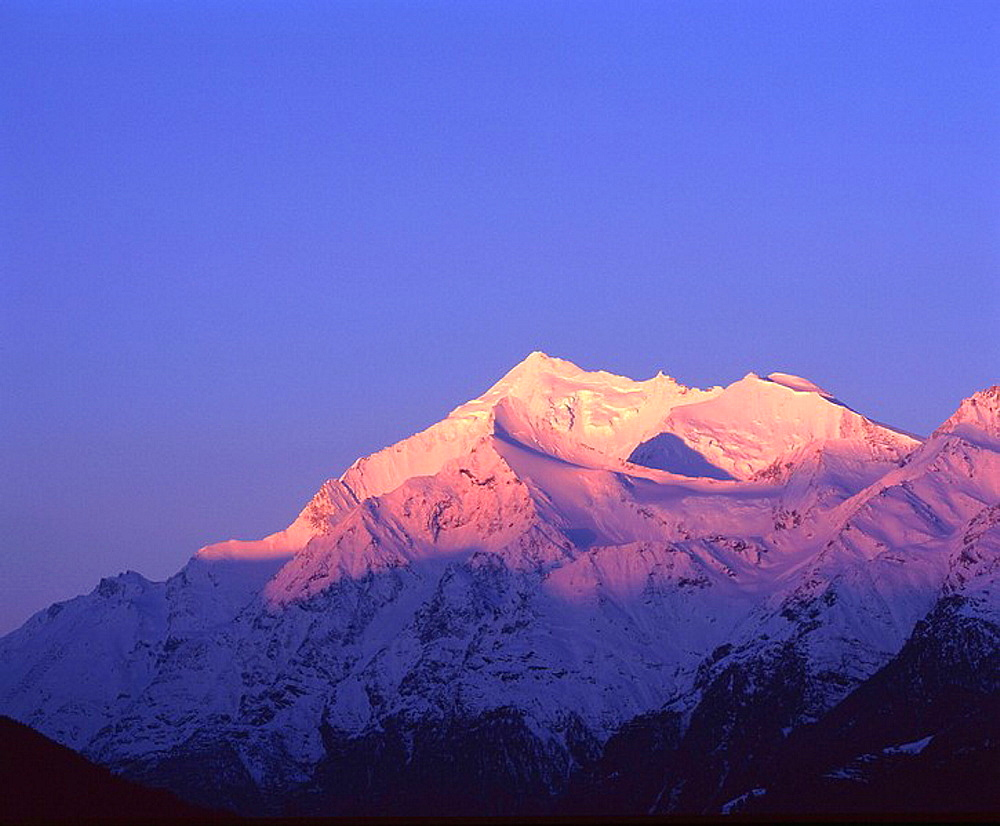 Weisshorn, White horn, Valais alps, sunrise, sundown, morning light, alpenglow, mountains, scenery, landscape, snow, d. Weisshorn, White horn, Valais alps, sunrise, sundown, morning light, alpenglow, mountains, scenery, landscape, snow, d - 817-296142
