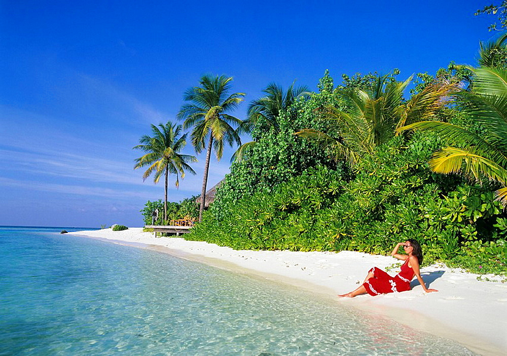 Maldives, Asia, Indian ocean, island, isle, Kuda Huraa, woman, relax, relaxed, sitting, beach, seashore, holidays, vac. Maldives, Asia, Indian ocean, island, isle, Kuda Huraa, woman, relax, relaxed, sitting, beach, seashore, holidays, vac - 817-296457