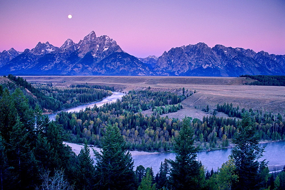 Moonset at dawn over the Teton Range and Snake River, Grand Teton Natl Pk , WYOMING