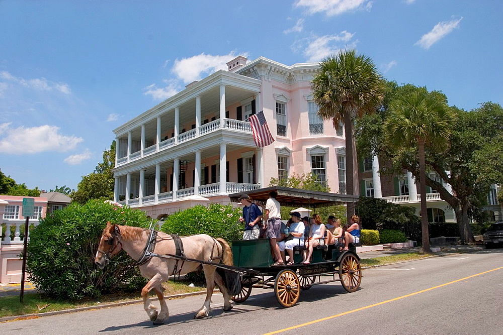 Carriage in front of Antebellum house on East Battery Street, Charleston, South Carolina