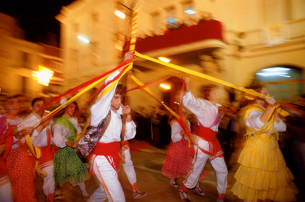 Traditional ribbons dance, Wine Festival, Sant Sadurni dAnoia, Spain - 817-3346
