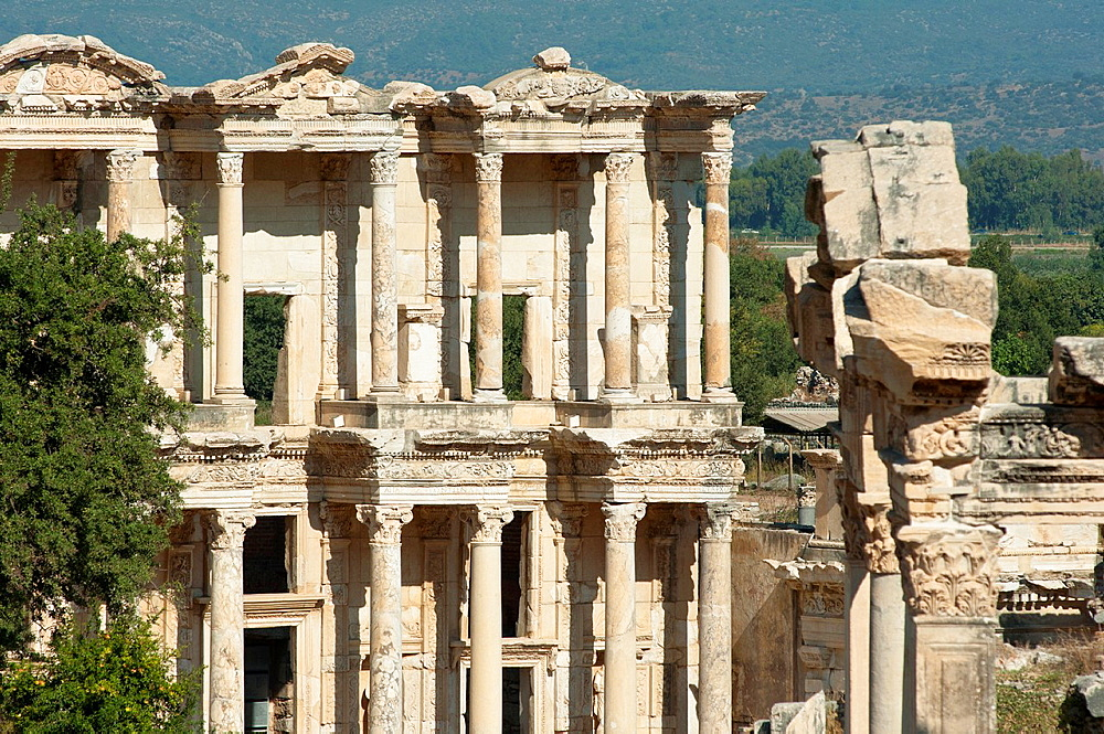Ruins of the facade of library Celsus bibliotheque in the ancient town of Ephesus in Turkey