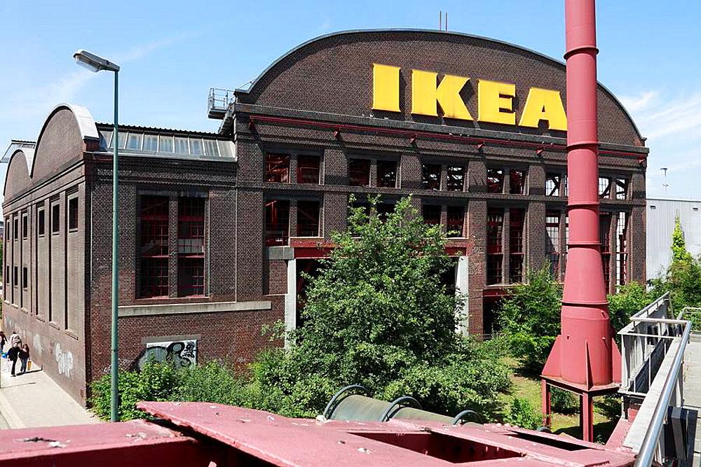 D-Essen, Ruhrgebiet, Nordrhein-Westfalen, NRW, Friedrich Alfred Krupp, Werkhalle, Press- und Hammerwerk Ost, Presswerk, Hammerwerk, Schmiede, Nutzung als Parkhaus durch die Firma IKEA, Route der Industriekultur, D-Essen, Ruhr area, North Rhine-Westph
