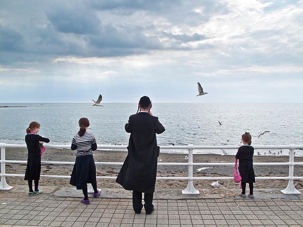 Orthodox hasidic jewish families on summer holiday in Aberystwyth Ceredigion Wales UK