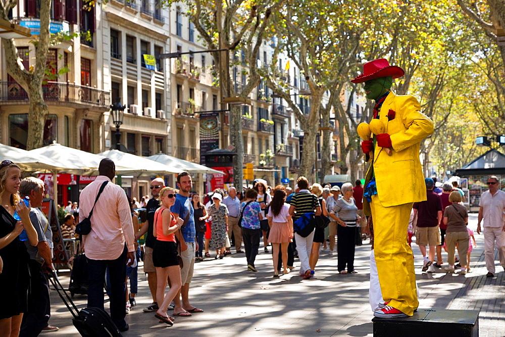 Human statue performing at Las Ramblas, Barcelona Spain