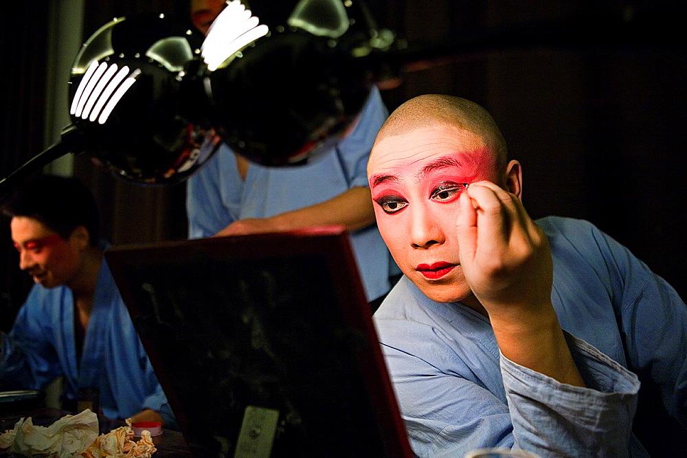 Actors of Pekin Opera making up Laoshe Teahouse Nº3 Qianmen Avenue West, Beijing, China