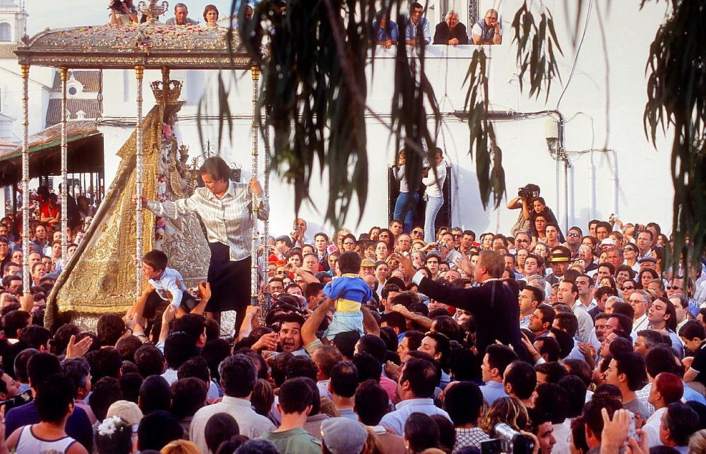 Romeria, pilgrimage, at El Rocio, Blanca Paloma, virgin procession, Almonte, Huelva province, Spain