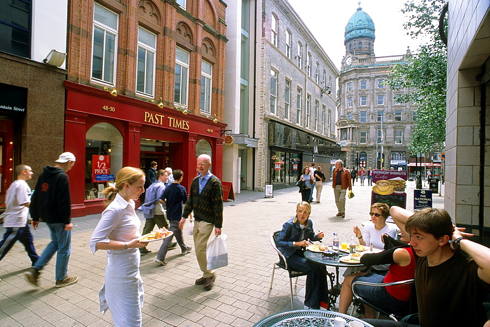 U K , Northern Ireland, Belfast, Fountain Street, cafe