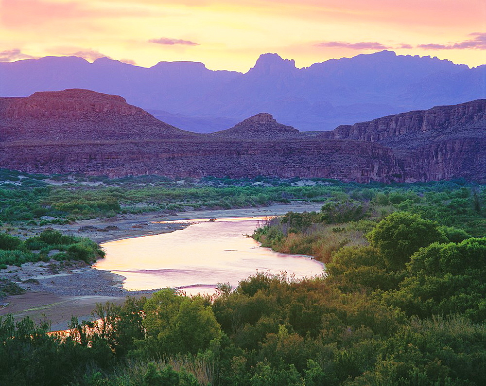 The Rio Grande and Chisos Mountains at dusk Chihuahuan Desert Big Bend National Park, Texas - 817-383904