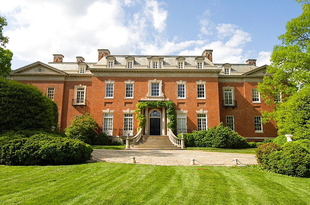 Washington DC, USA, the Georgetown area, known for its shopping and historic brick homes Estate known as Dumbarton Oaks.