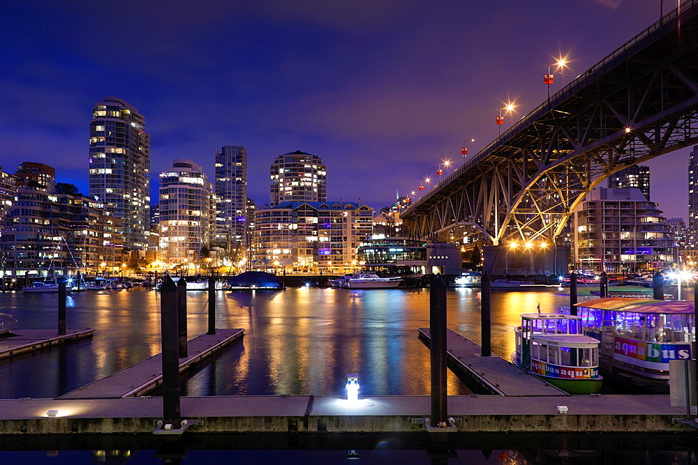 Canada, British Columbia, Vancouver, Granville Island, city view with Granville Bridge, dusk
