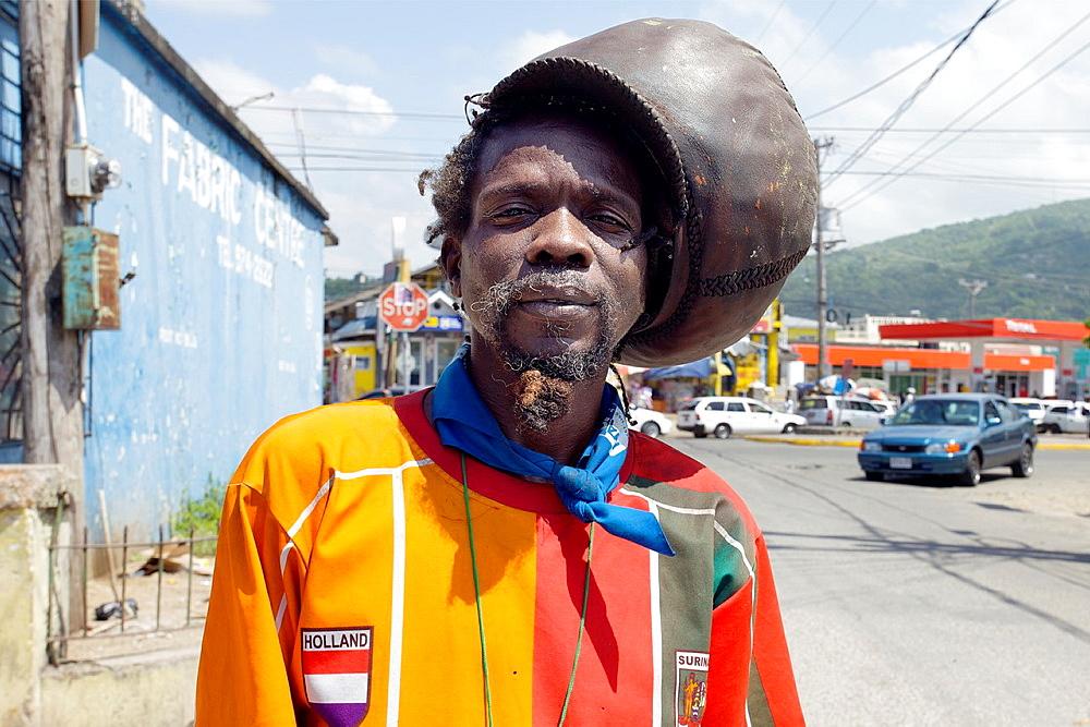 Rastafarian, Ocho Rios, Jamaica, West Indies, Caribbean, Central America. - 817-401953