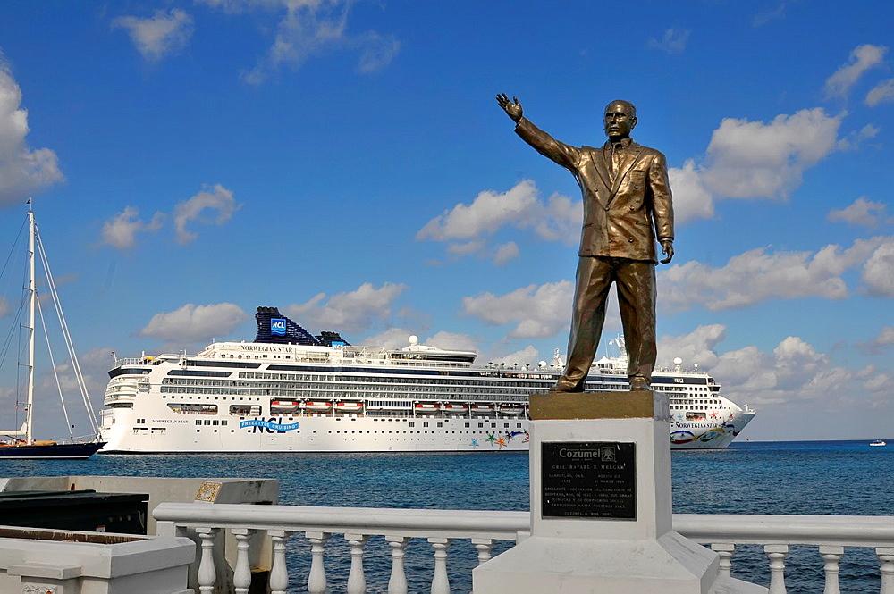 Statue Rafael Melgar Cruise Ship Cozumel Mexico Caribbean Port