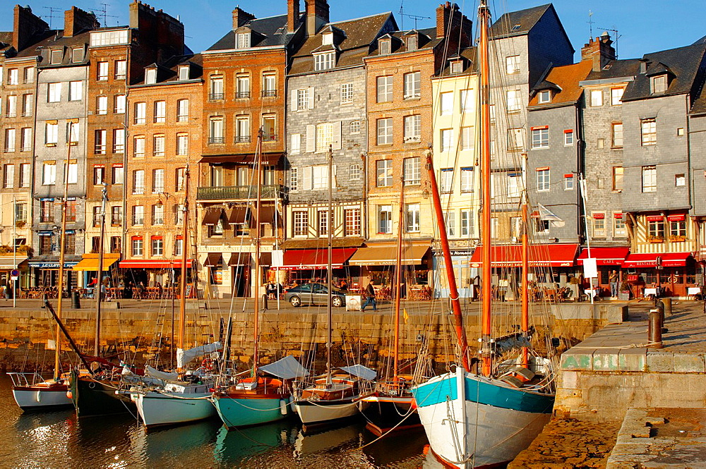 photo of Harbour side restauarant, La Bisquine  Honfleur, Normandy, France