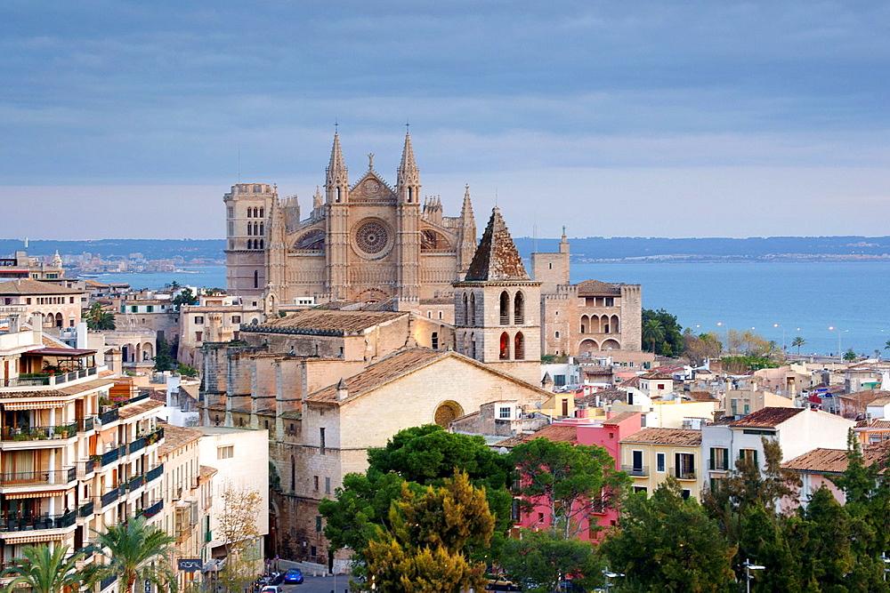 Palma Cathedral La Seo, XIV-XVI century, Church of The Holy Cross, XIV century, seaside neighborhood of Puig de Sant Pere, Palma, Mallorca, Balearic Islands, Spain