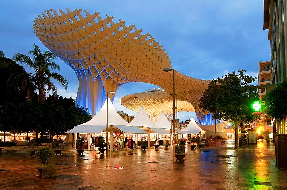 Plaza de la Encarnacion, Metropol Parasol and artisan kiosks, Seville, Spain