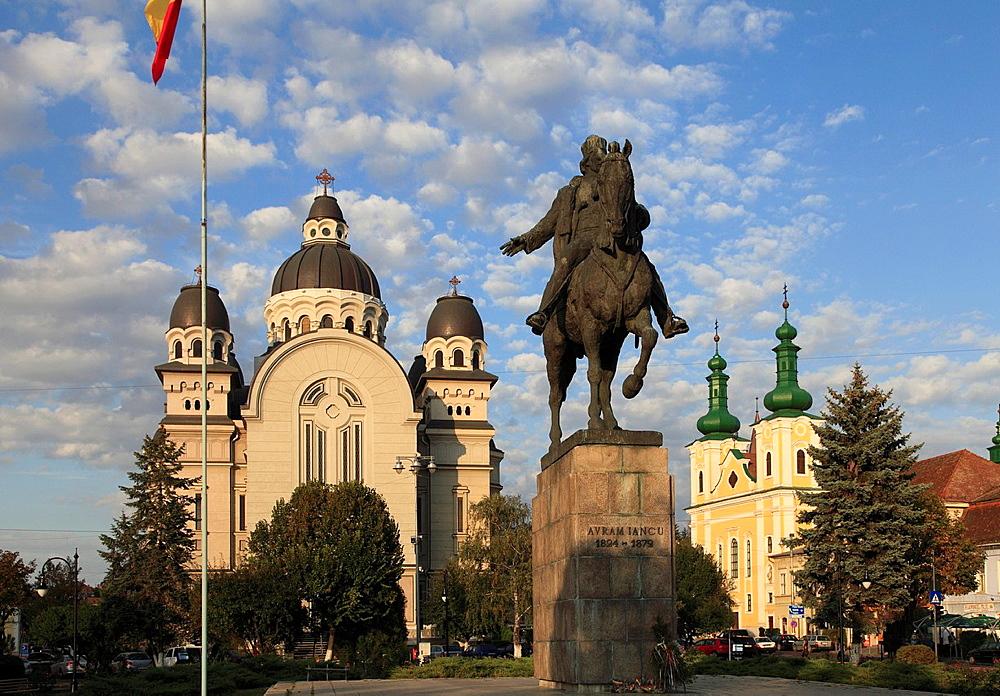 Romania, Targu Mures, Orthodox Cathedral, Catholic Church, Avram Iancu statue,