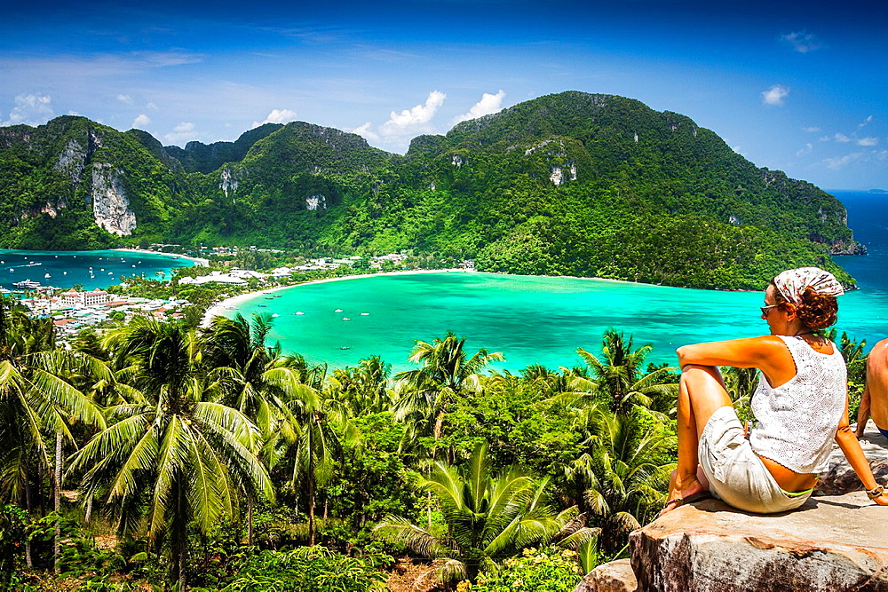 Tourists in a viewpoint  Phi Phi Don island  Krabi province, Andaman Sea, Thailand - 817-418093