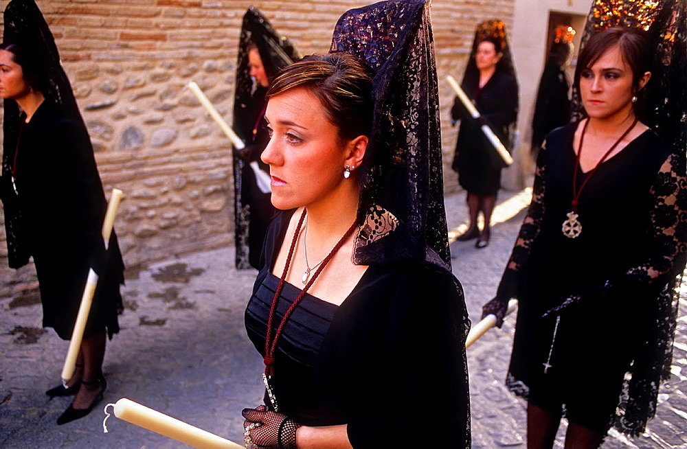 Mantillas  Holy Tuesday procession in Calle San Juan de los Reyes  Brotherhood of `Via Crucis¥  Granada  Andalusia, Spain