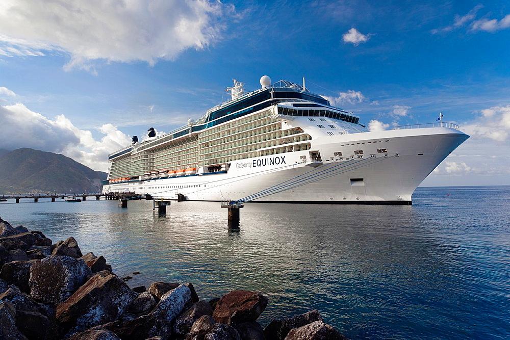 Dominica, Roseau, cruiseship