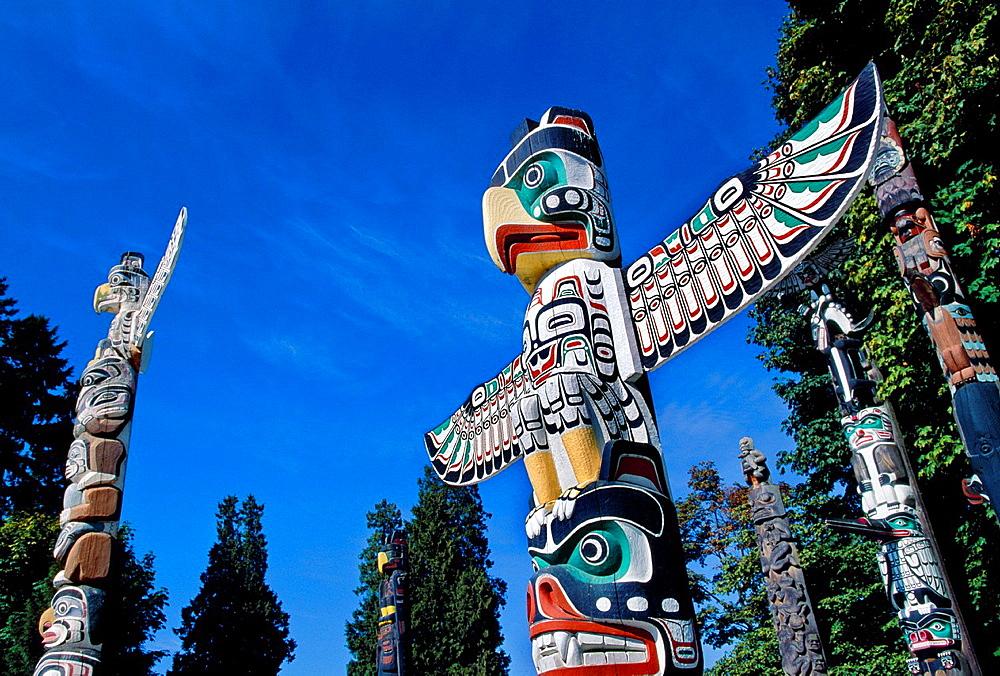 Totem pole, Stanley park, Vancouver British Columbia Canada.