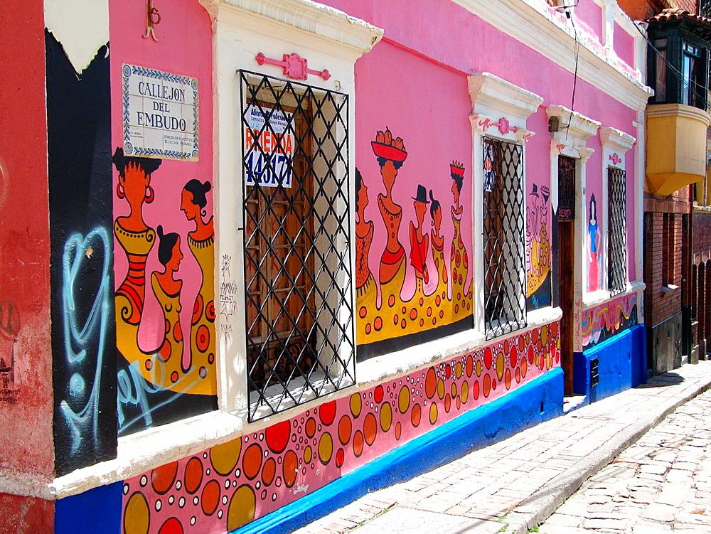 Graffiti, Callejon del Embudo, Bogota, Colombia, South America.