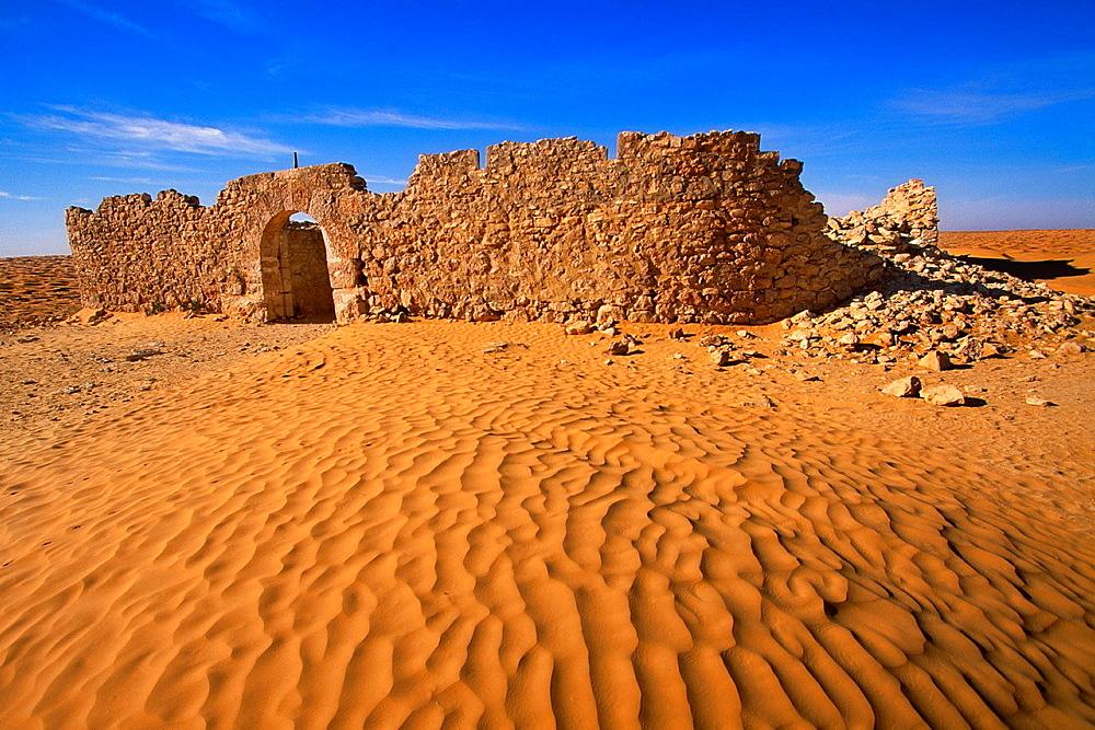 Ksar Ghilane Fortress Sahara Southern Tunisia Ksar Ghilane The fortress, Sahara Sur de Tunez.
