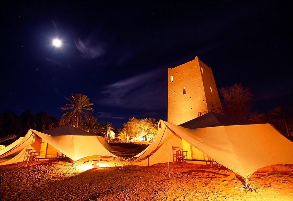 Ksar Ghilane, Pansea camp Sahara Southern Tunisia.