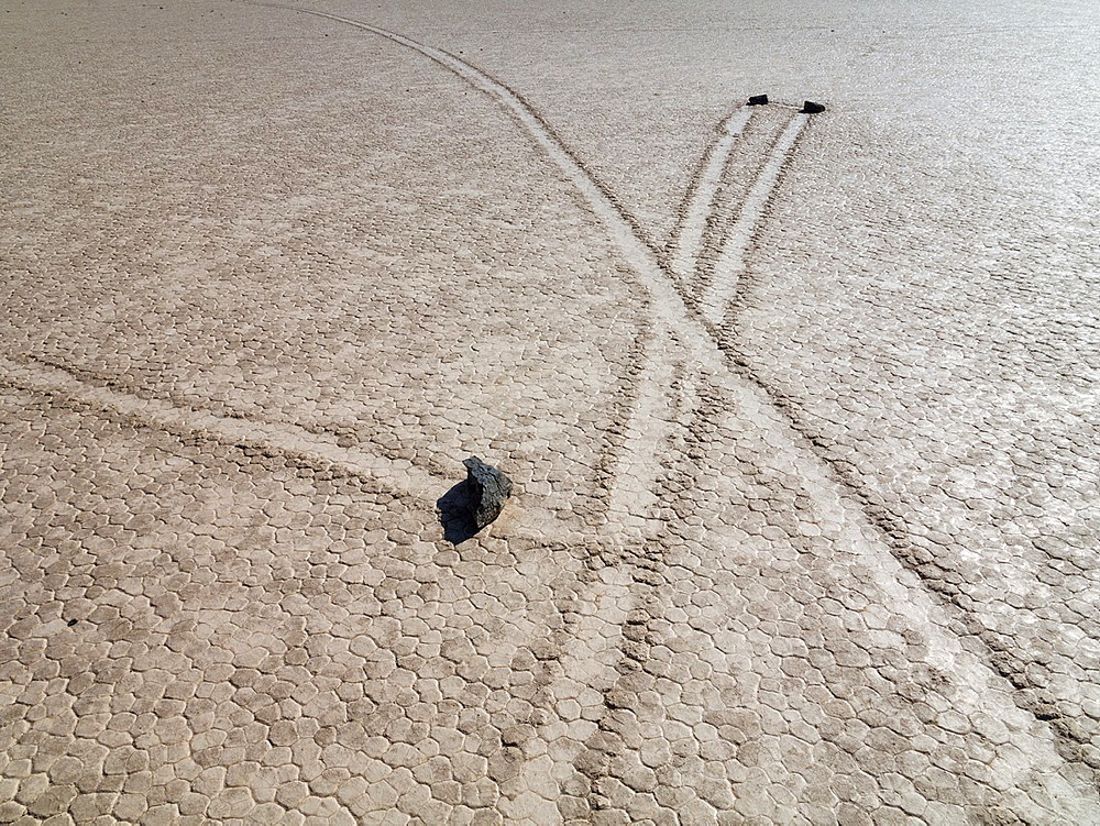 Tracks created by the mysterious moving rocks at the Racetrack The Racetrack is a dry lakebed, a so-called playa, in the remote northern Death Valley Death Valley National Park, California, USA