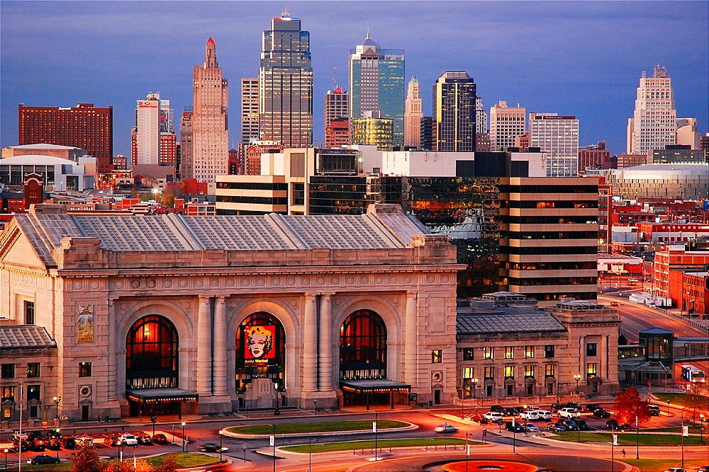 Kansas City, Dusk