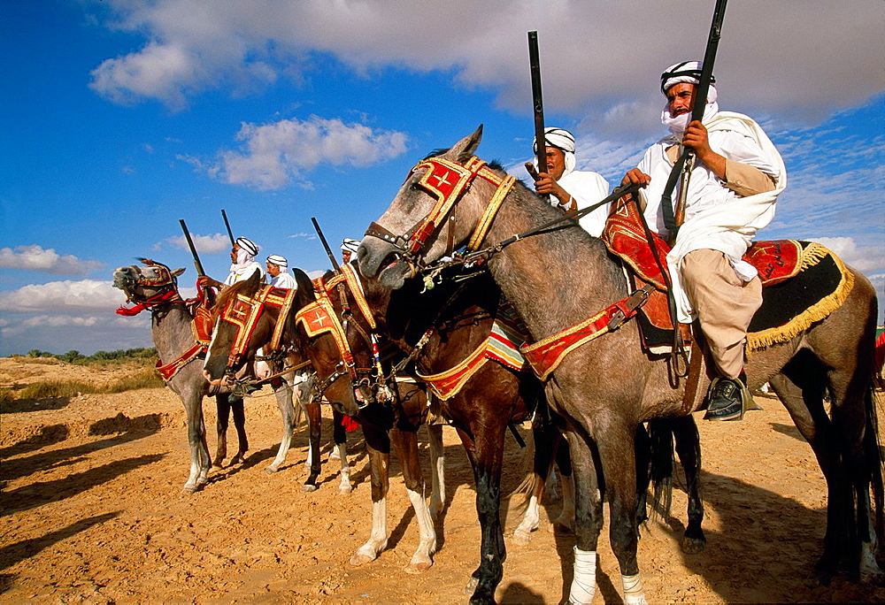 International Festival of the Sahara Douz Southern Tunisia. - 817-426144