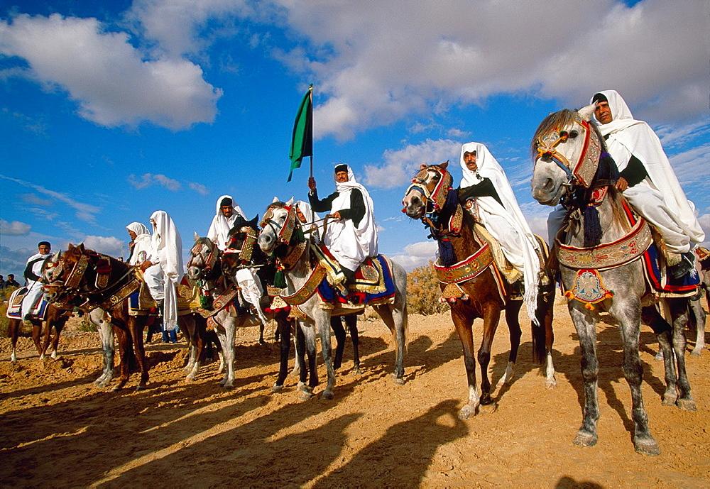 Lybian riders International Festival of the Sahara Douz Southern Tunisia. - 817-426145
