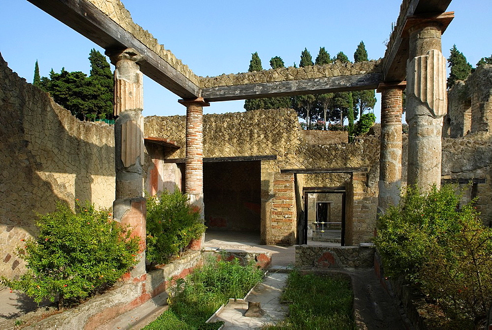 Casa dell'Atrio Corinzio, House of the Corinthian Atrium, archeological site of Herculaneum, Pompeii, province of Naples, Campania region, southern Italy, Europe