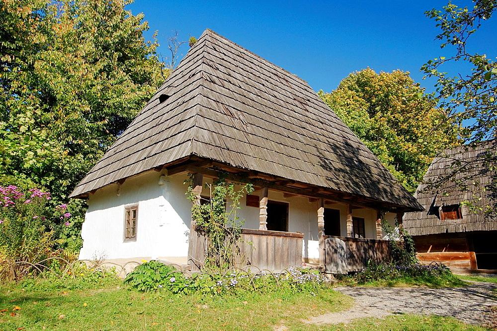 Wattle and daub, Ukrainian log hut, Lviv, Ukraine, Eastern Europe