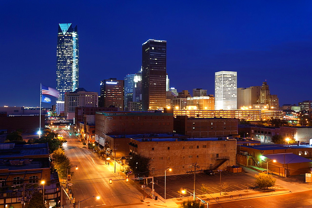USA, Oklahoma, Oklahoma City, elevated view of the skyline from Bricktown, dawn