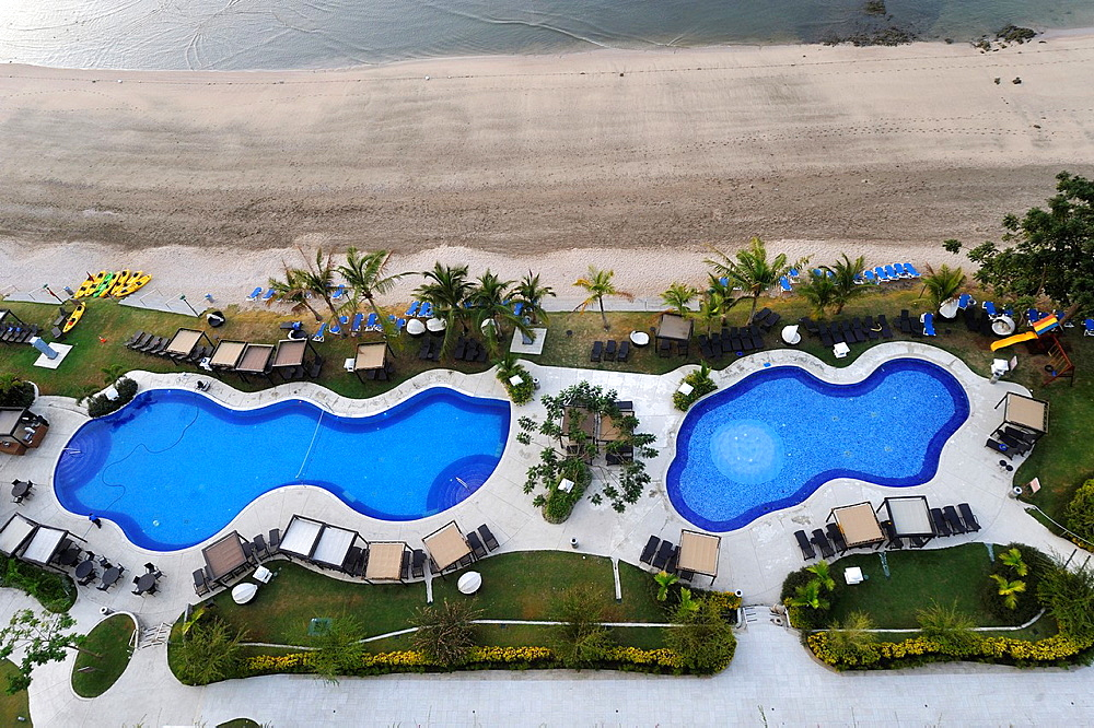 swimming pool by the beach of the Westin Playa Bonita hotel, Panama City, Republic of Panama, Central America