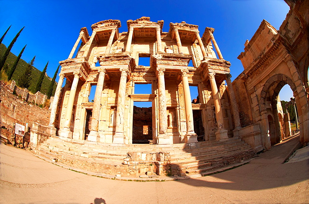 Picture of The library of Celsus Images of the Roman ruins of Ephasus, Turkey