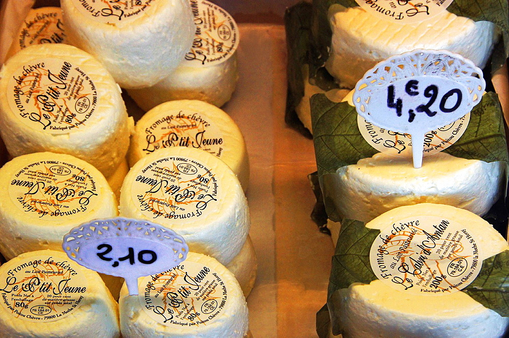 France-Food: 'Fromage de Chevres'.