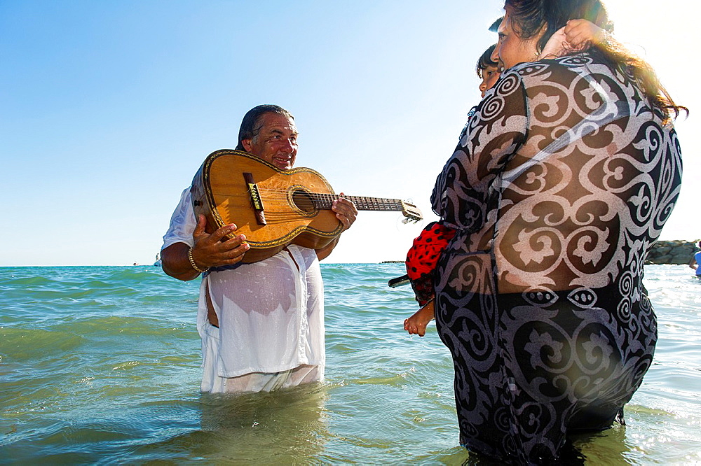 Europe, France, Bouche-du-Rhone, 13, Saintes-Marie-de-la-Mer, pilgrimage of gypsies  Blessing in the sea