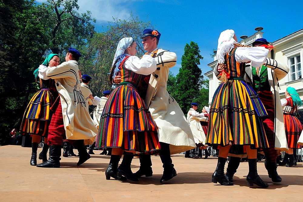 The Zofia Solarz 'Promni' Artistic Folk Dance Ensemble from Warsaw Agricultural University during their show