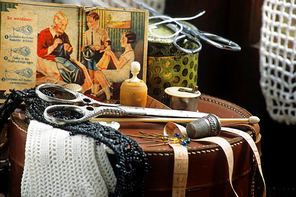 sewing kit, Museum of the Maison Lorraine, Oberdorff, Moselle department, Lorraine region, France, Europe