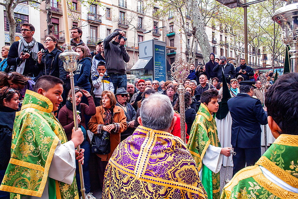 procession, sisterhood of Jesus del Gran Poder y virgen de la Macarena, Statue usually in the San Agustin church, Good Friday, Easter week, La Rambla, Barcelona, Catalonia, Spain
