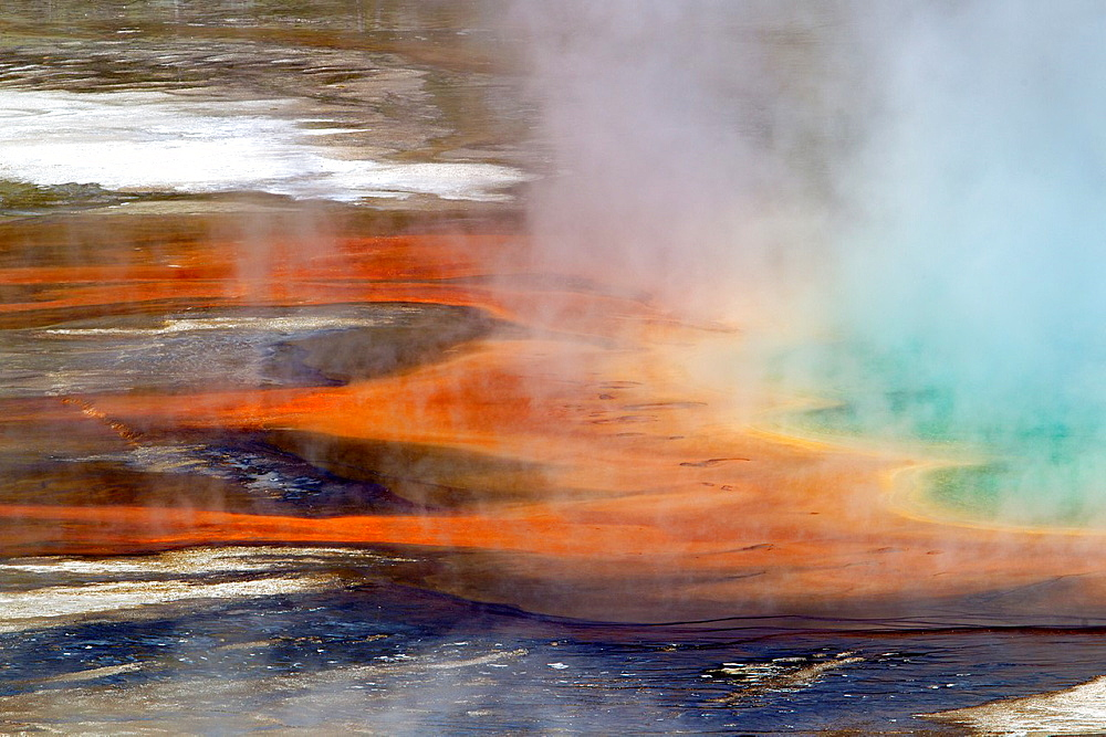 Details of Grand Prismatic Spring, Midway Geyser Basin, Yellowstone National Park, Wyoming/Montana/Idaho, USA.