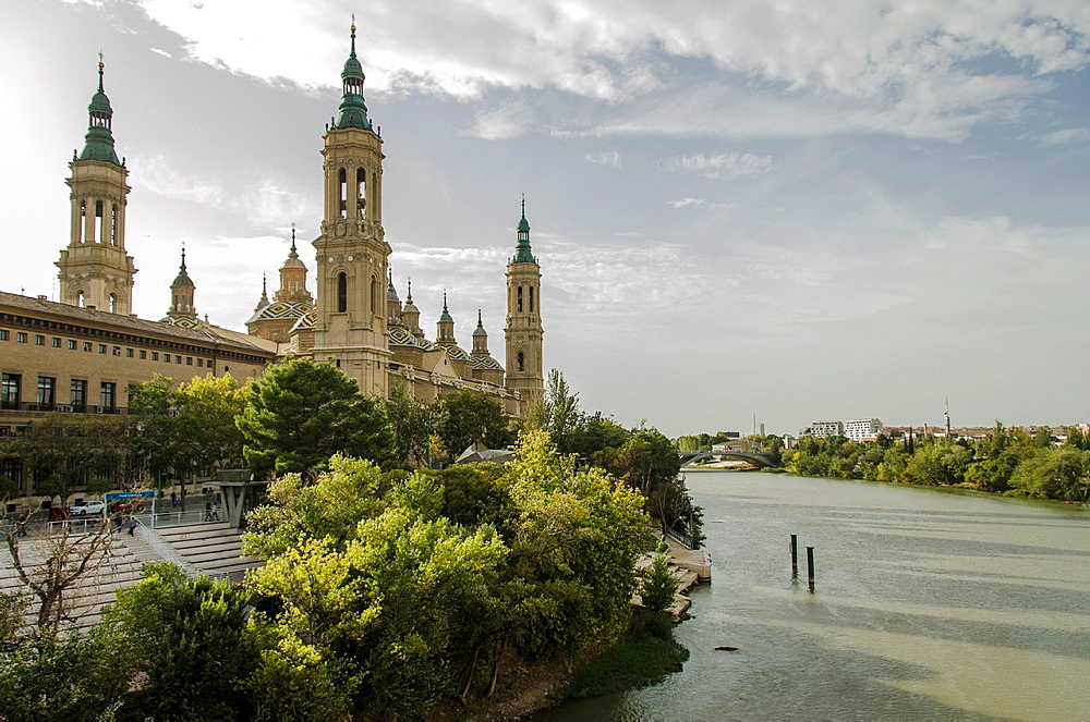 Basilica Our Lady of the Pillar of Saragossa, view from Ebro river, Aragon, Spain