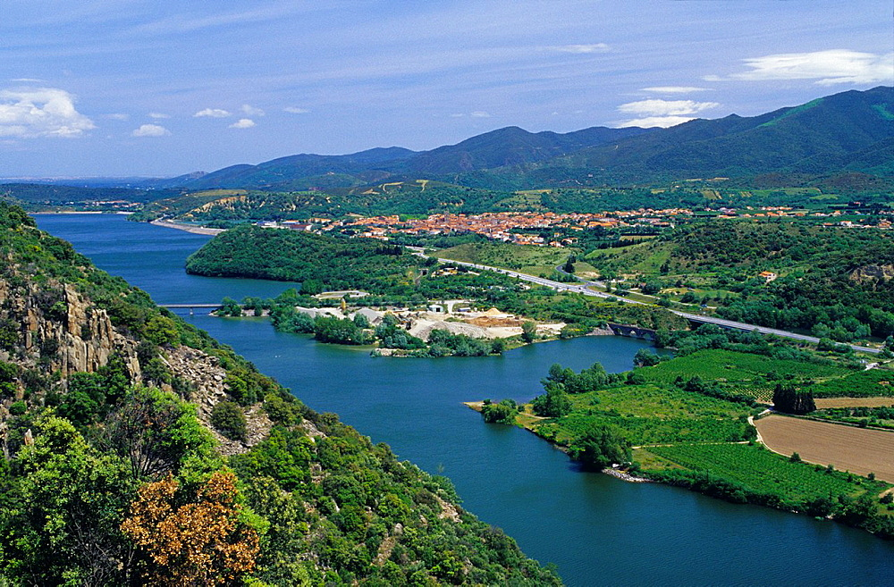 Overview of Tet river and Vinca village, Eastern Pyrenees, Languedoc-Rousillon, France