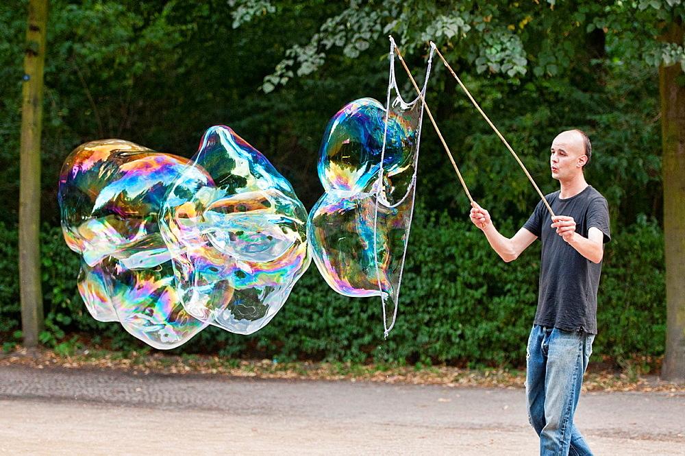 Soap Bubble Master in Berlin, Germany
